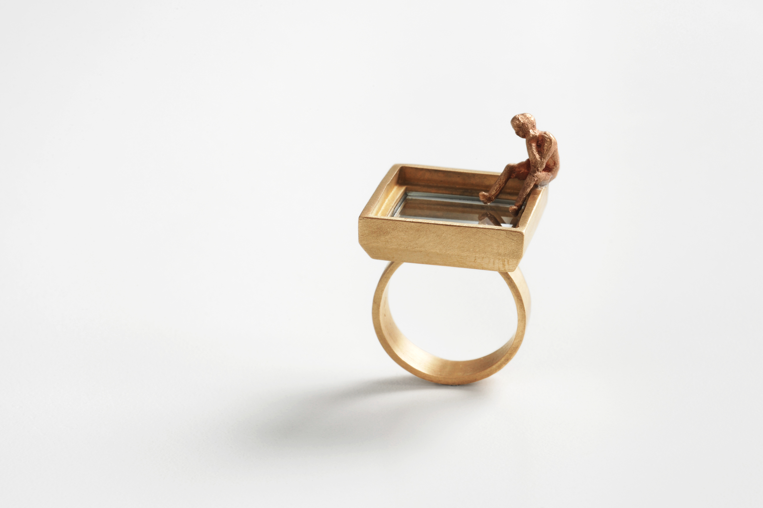 3 - Narcissus Shared thought - ring - bronze , mirror